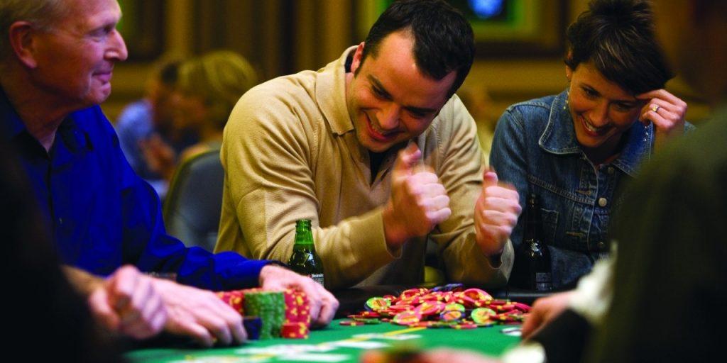 Descriptive play at pokerrooms casino directions
